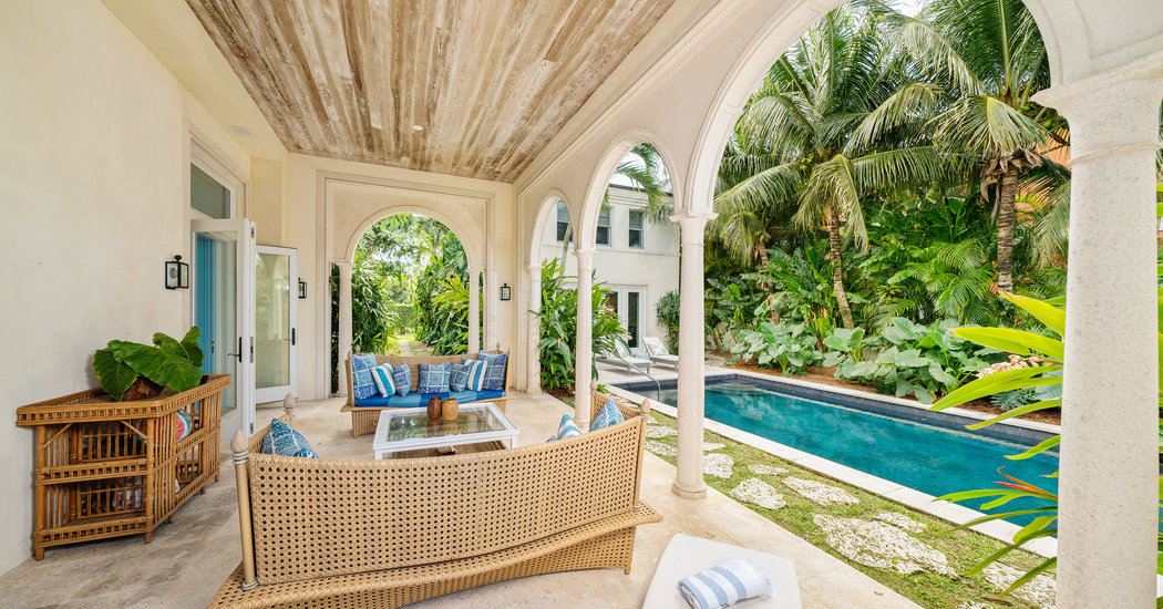 House Hunting in the Bahamas: Comfort on the Waters of Nassau