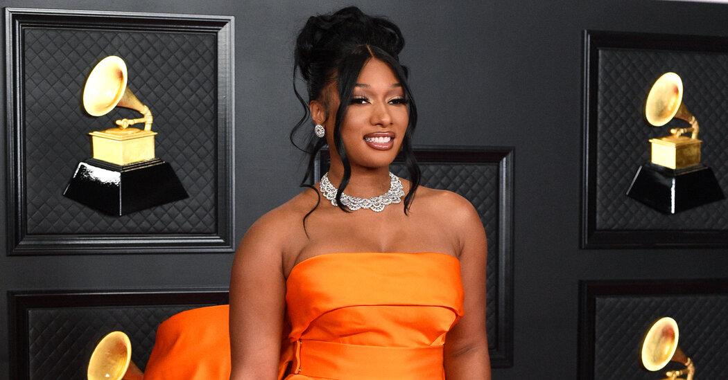 2021 Grammys Red Carpet Fashion Goes Big